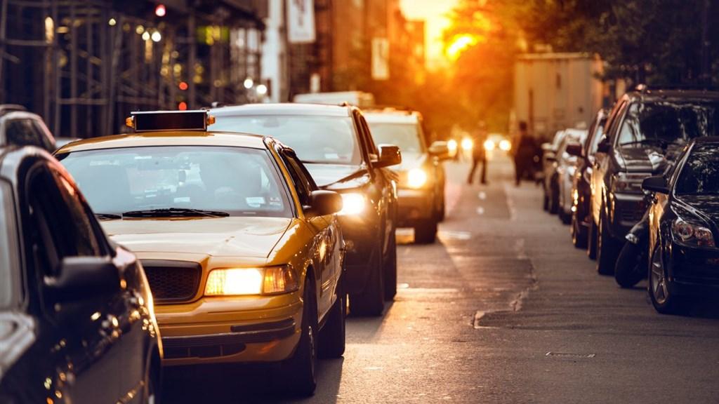 """真正解决交通拥堵的办法就是 —— 不要让""""猴子""""驾驶汽车"""