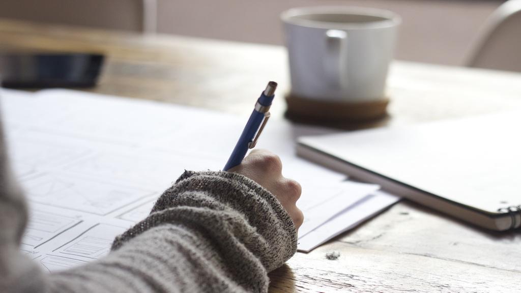 考试周到啦!来做个简单的听写练练手吧~