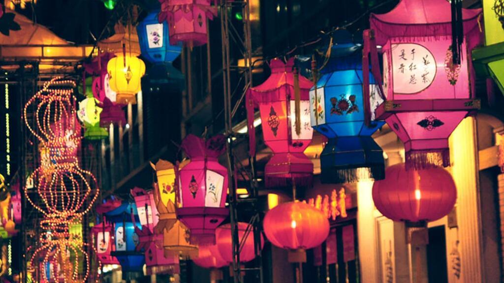 【去年元夜时,花市灯如昼】如何跟法国人解释灯笼呢?