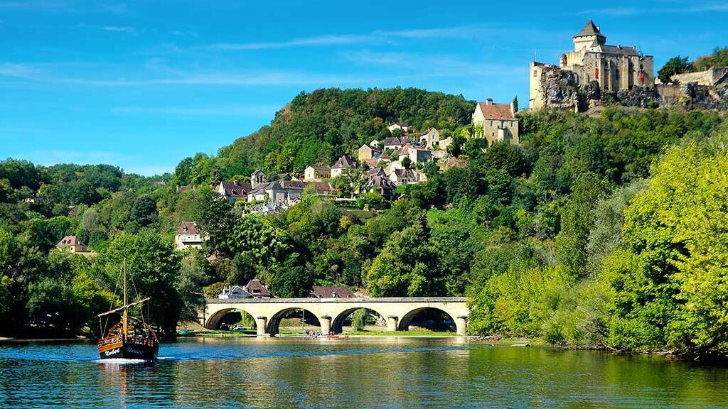 和我们一起去探访法国的多尔多涅 - 佩里格地区吧~