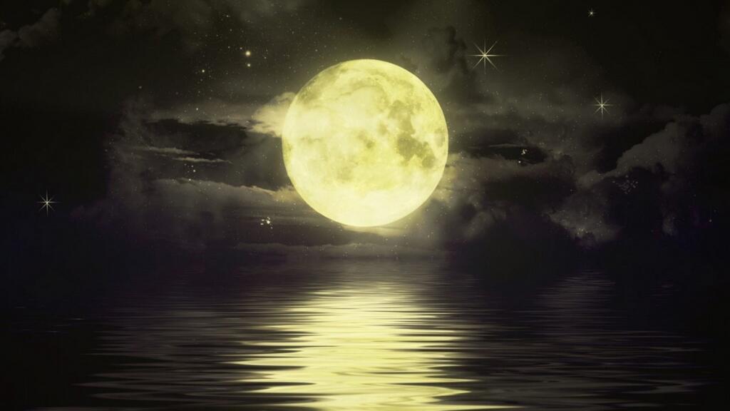 """""""海上生明月,天涯共此时""""用西语怎么说?🌕"""