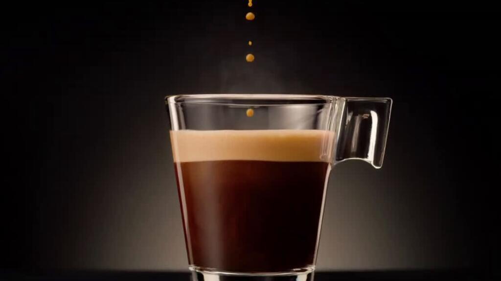 法國百萬點擊的咖啡廣告,看完像看了一場歌舞劇…